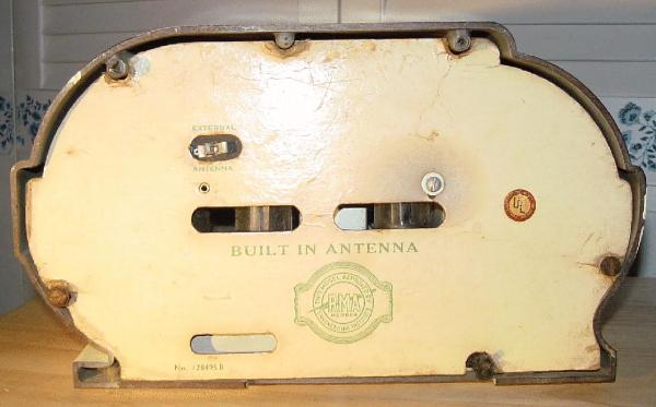 Belmont 6D111 Ivory-Painted Bakelite Table Radio Rear View (1946)