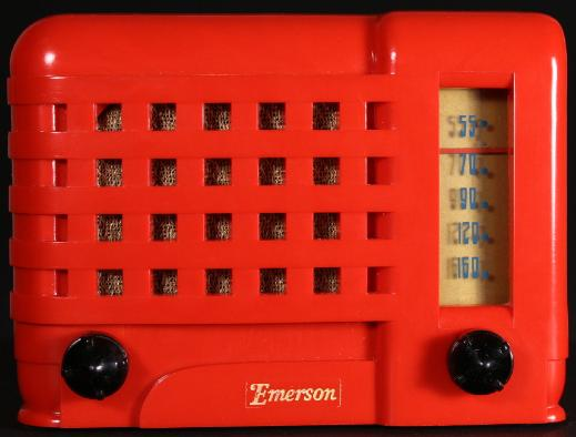Emerson 540A Radio in red plaskon (1947)