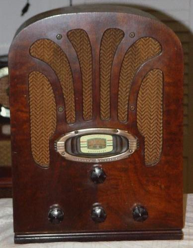 GE A-52 Tombstone Radio (1936)
