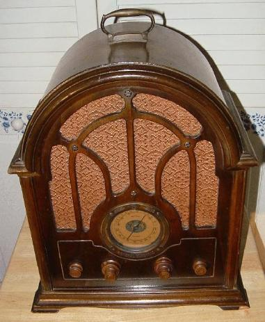 GE K-64 Cathedral Radio (1933)