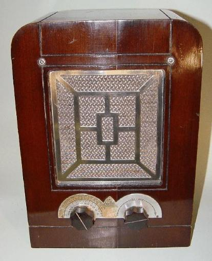Majestic (Grigsby-Grunow) Model 44B Tube Radio (1933)