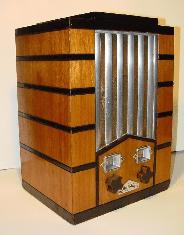 Majestic 59 Tube Radio left side view
