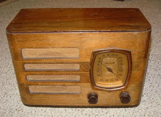 Philco 39-8T Table Radio (1939)