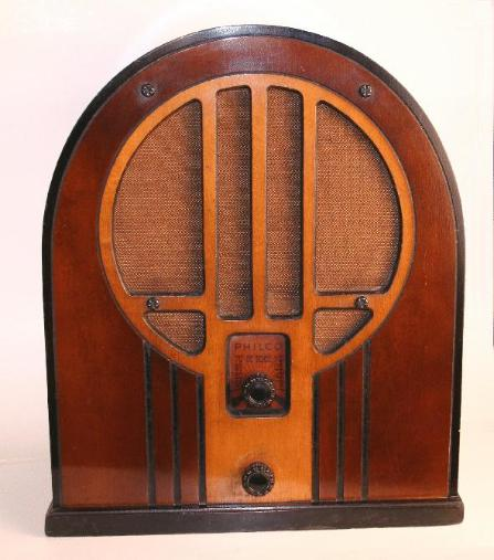 Philco 84B (Baby Grand) Radio (early version) 1934