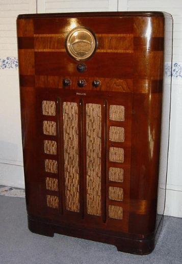 Philco Model 38 9k Console Radio