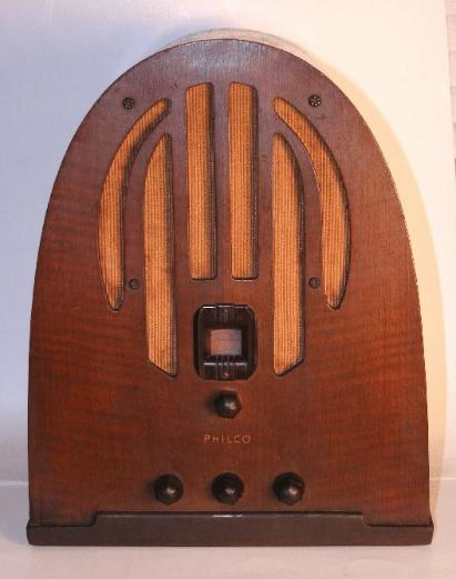 Philco 60B Cathedral Radio (fourth version)