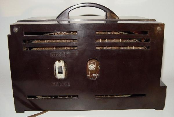 Philco TP-20 Bakelite Table Radio Rear View (1940)