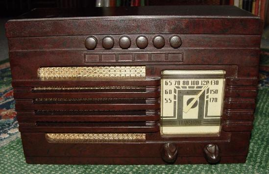 Philco TP-5 Bakelite Table Radio (1939)